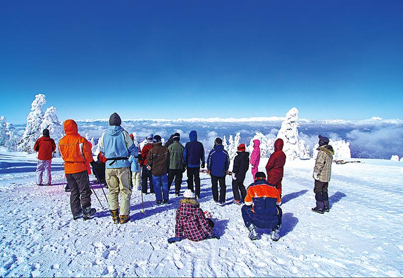 菅平高原スノーリゾートのゲレンデ風景